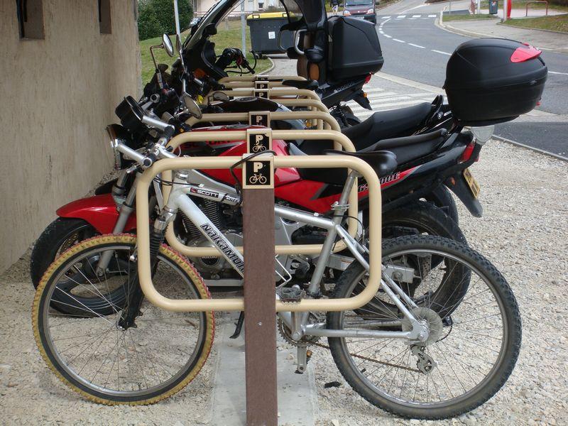 support pour deux roues