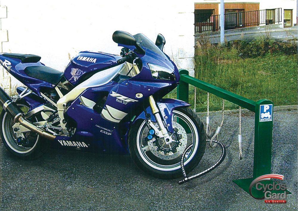 support et parc pour motos