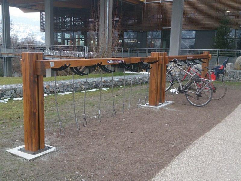 support en bois, parc vélos